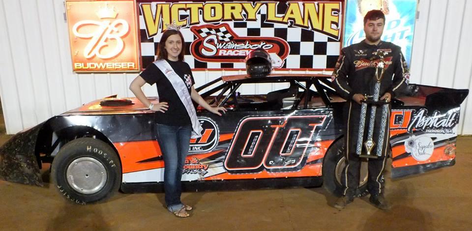 Brandon Overton picks up the Turkey Tune-up Feature win in the Sunoco Super Street Division