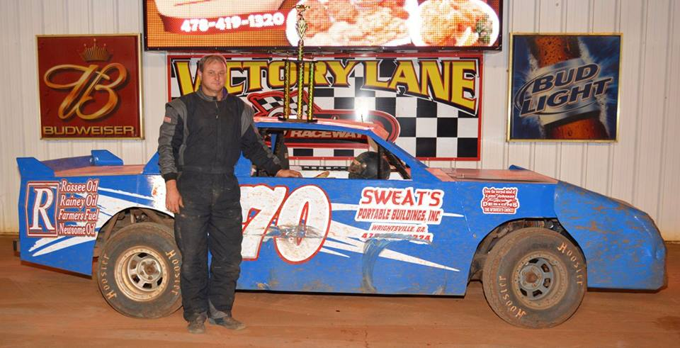 Herndon Back in Victory Lane at Swainsboro Raceway!
